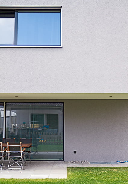 Aussen-Sitzplatz des Einfamilienhaus-Neubaus in Subingen